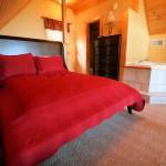 treehousefortwobedroom