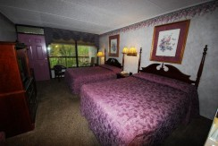 Rivergate Studio Double Queens 105 at Rivergate Mountain Lodge